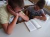 branje-knjige-v-razredu-1